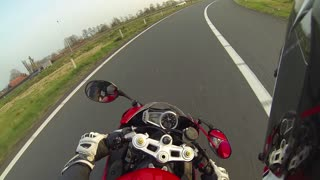 Angry Birds VS Triumph Daytona - Video