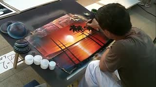 Spray paint street artist designs phenomenal painting - Video