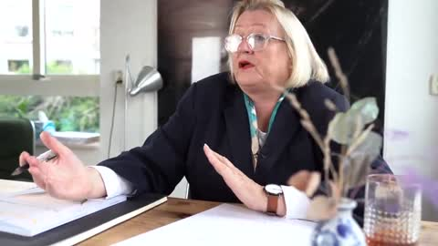 Catherine Austin Fitz. The Most Important Interview You Should Watch and Share!