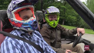 Hunter Kelly takes a buggy ride with Craig Morgan | Rare Country - Video