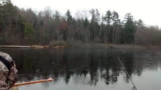 Winter fishing in Canada can be tricky! - Video