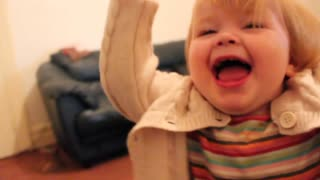 Adorable 2-Year-Old Preciously Says Her ABC's - Video