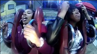 Girls totally freak out during thrilling slingshot ride - Video