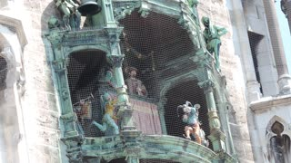 Munich. The Marienplatz. Dancing dolls - Video