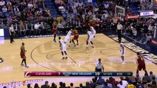 LeBron James PISSED After Terrence Jones BLOCK and STARE DOWN, Pelicans Win Without Anthony Davis - Video