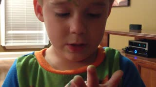Little boy enthusiastic about writing - Video