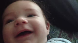 "AMAZING! 2.5 month old baby says ""I Love You.""  - Video"