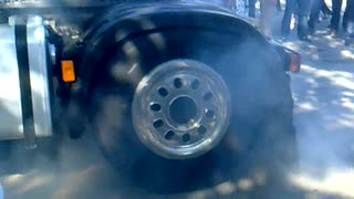 Truck Burnout - Video