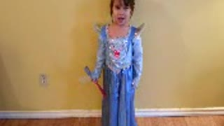 "Adorable Girl Says ""Thank you"" So Politely  - Video"