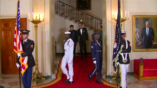 Obama hosts China's president at state dinner - Video