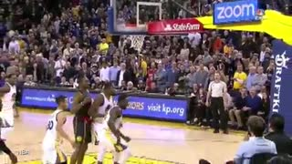 Steph Curry FALLS DOWN Keeps Dribbling DRAINS Jumpshot - Video