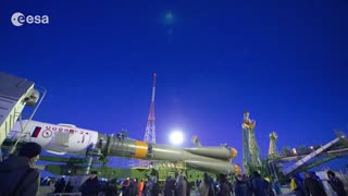 Time lapse: Soyuz rocket transfer and liftoff - Video