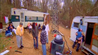 Drilling for oil in the trailer park ! - Video