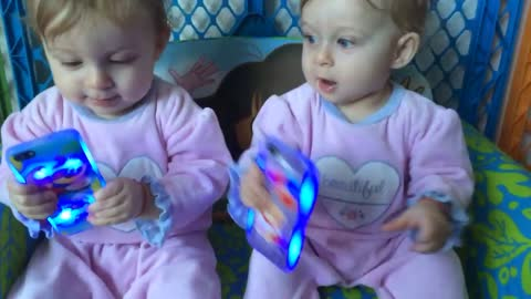 Identical twins have difficult time sharing