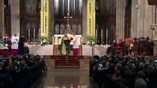 Pope brings message of overcoming adversity to NYC - Video