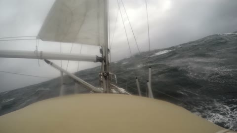 Yacht encounters high winds and heavy seas in Bisacy