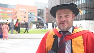 Al Murray receives honorary degree from Wolverhampton - Video