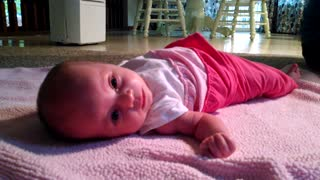 6-week-old baby rolls over for first time - Video
