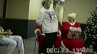 Santa's lap mishaps - Video