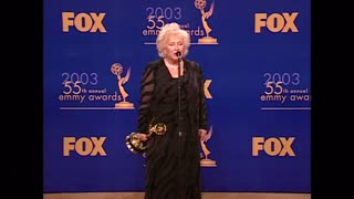 'Everybody Loves Raymond' actress Doris Roberts dies - Video