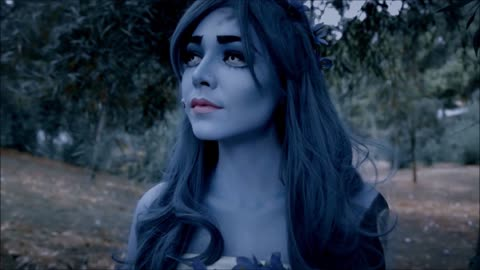 How to pull off the 'Corpse Bride' Halloween look!