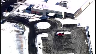 1 killed, 4 wounded in Minnesota clinic shooting