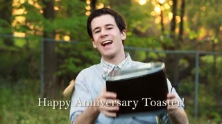 Funny Toaster Dance  - Video