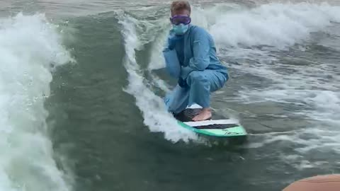 This dude quarantine wakesurfing is a national hero
