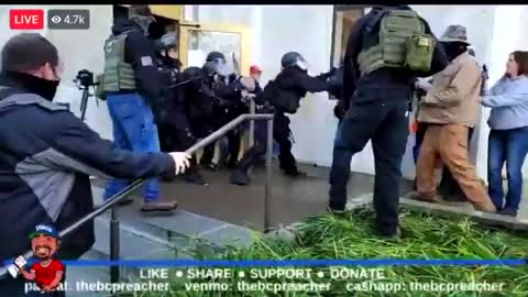 WATCH: Things get tense when police order Patriots to leave the Oregon State Capital building
