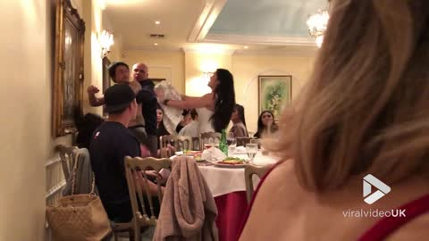 Fight breaks out at murder mystery show dinner