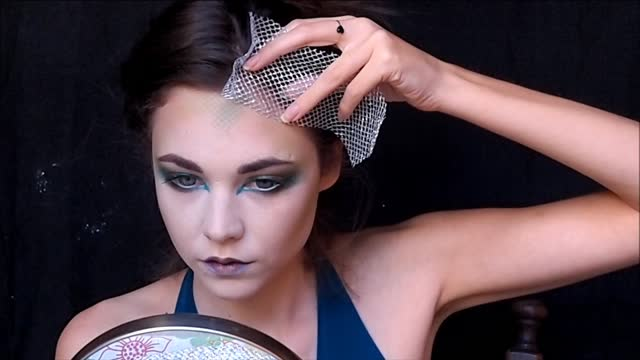 Medusa\' Halloween make up tutorial - Rumble