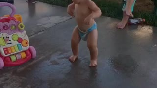 Baby dances better than most adults