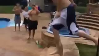 Pool jump attempt goes painfully wrong