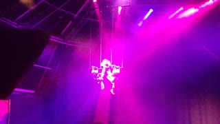 3 Amazing Acrobats - Video