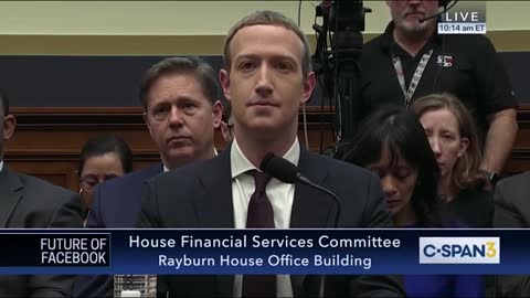 Democrat Maxine Waters lights into Mark Zuckerberg