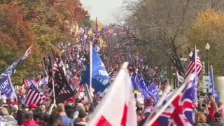 Thousand Trump supporters start the march in Washington DC