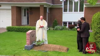 Funeral On Front Lawn Prank Goes Viral - Video