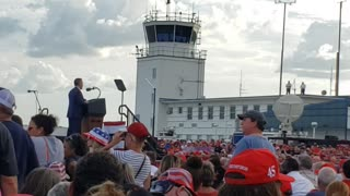 The Crowd awaits TRUMP at JAcksonville, FL rally