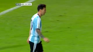 Messi humilla jugadores del Bolivia - Video