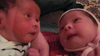 Adorable Twins Struggle With Simultaneous Hiccup Reflexes - Video