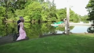 Photographer loses camera at lakeside wedding - Video