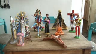 Barbie serves as inspiration for religious art - Video