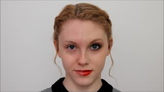Social experiment: The power of makeup - Video