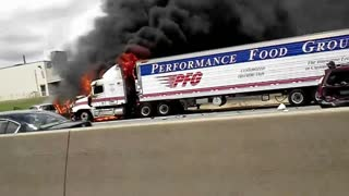 Truck crash fire I-85 Charlotte, NC - Video