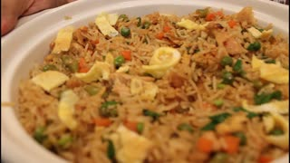 How to make Chinese chicken fried rice - Video
