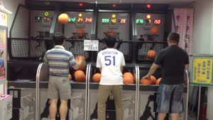 This arcade basketball player will shock you! - Video