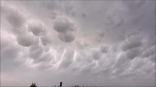 Absolutely Stunning Clouds Gusting Over Grunthal Manitoba in High Speed  - Video