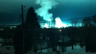 Electrical Substation Explodes in Washington - Video