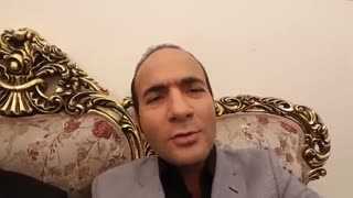Man Impersonates The Voices Of Iranian Singer