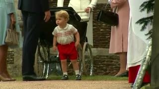 "Paparazzi warned over ""harassment"" of Prince George - Video"
